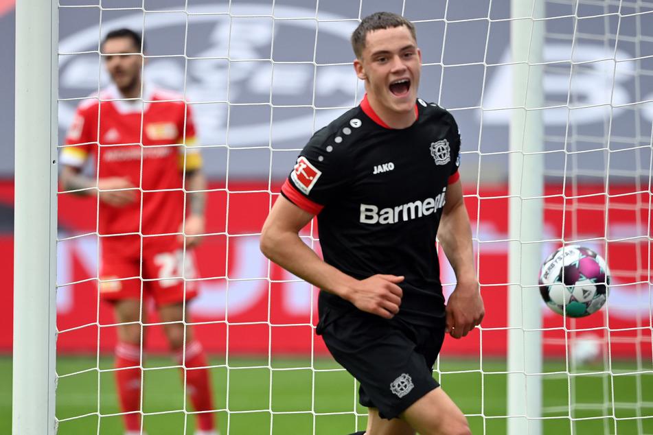 Leverkusens Florian Wirtz jubelt, nachdem er gegen Union Berlin zur 1:0-Führung getroffen hat.