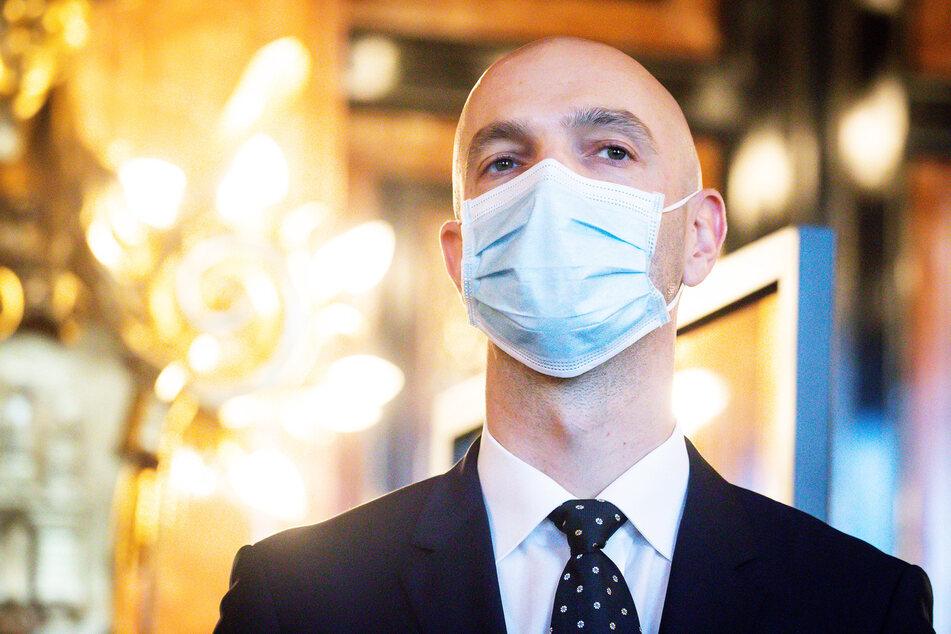 Virologe Prof. Jonas Schmidt-Chanasit (42) glaubt nicht an eine Herdenimmunität.
