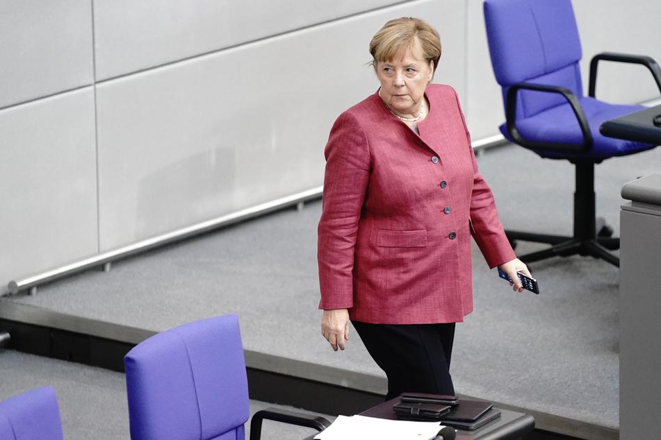 Auch Kanzlerin Angela Merkel (CDU) bittet die Deutschen, durchzuhalten.