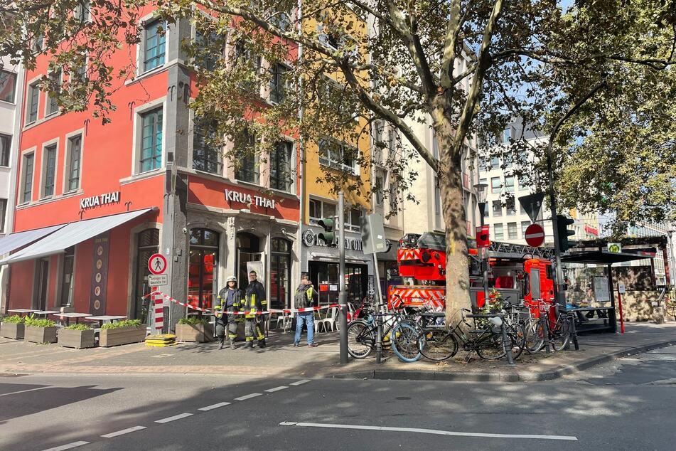 In einer Wohnung über der Eisdiele von Lukas Podolski (36) am Heumarkt ist ein Feuer ausgebrochen.
