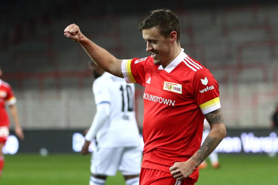 Max Kruse feiert mit dem 16. verwandelten Elfmeter seine Bundesliga-Rekord.