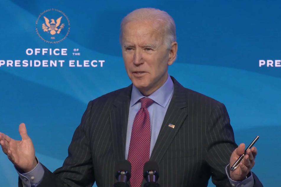 Joe Biden plans a trillion dollar stimulus package.