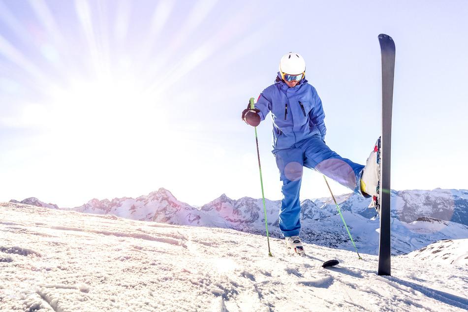 Als Skilehrer kann man natürlich feiern - aber bitte mit Einhaltung der geltenden Coronamaßnahmen.