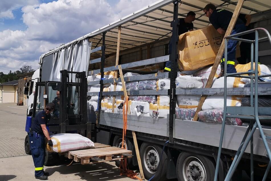 Allein auf diesem Laster fanden sich 65 Säcke voller Schummelware.
