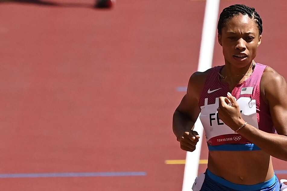 Olympics: Felix gets closer to making history while US sprinters just miss podium sweep