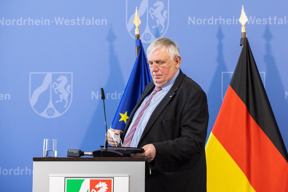 NRW-Gesundheitsminister Karl-Josef Laumann (CDU) kündigt an, dass bis Juli 60 Prozent der Menschen in NRW geimpft sein können.