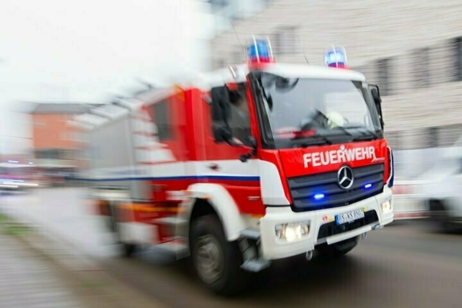 Berlin: Brand in Berliner Krankenhaus: Zimmer fängt Feuer, eine Person verletzt