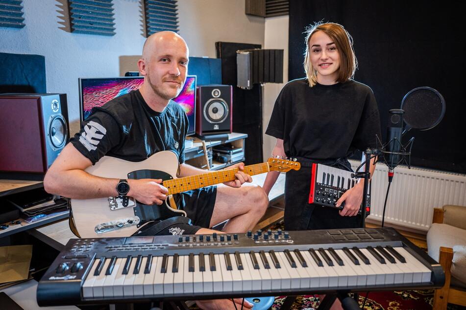 Pastoren und Musiker: Tristan Lodge (31) und seine Frau Tamara (24) sind ein himmlisches Duo.