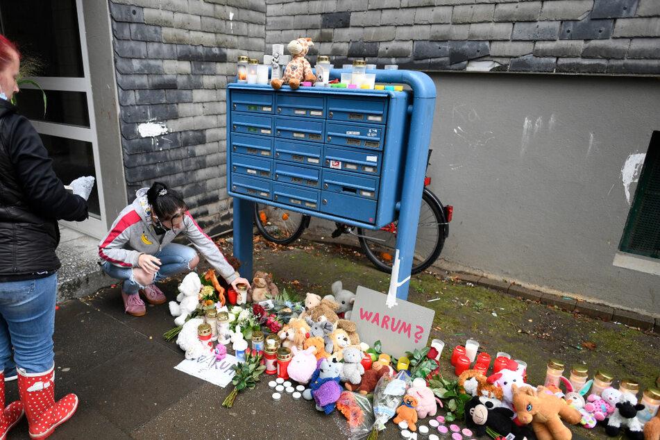 Fünf ihrer Sechs Kinder tot: Mord-Anklage gegen Mutter in Solingen fertig