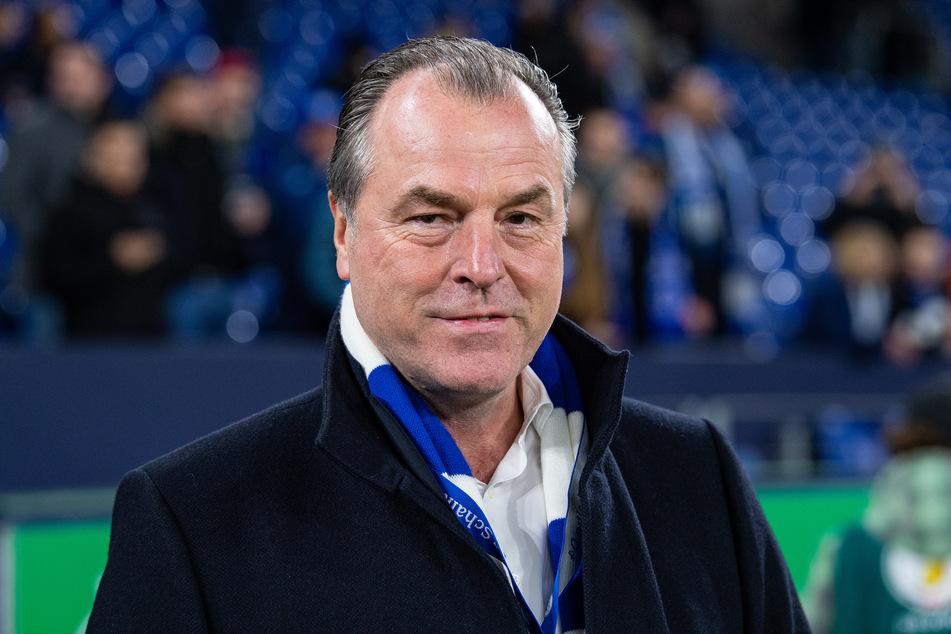 Der FC Schalke 04 wird offenbar nicht auf die finanzielle Hilfe von Fleisch-Fabrikant Clemens Tönnies (64) zurückgreifen.