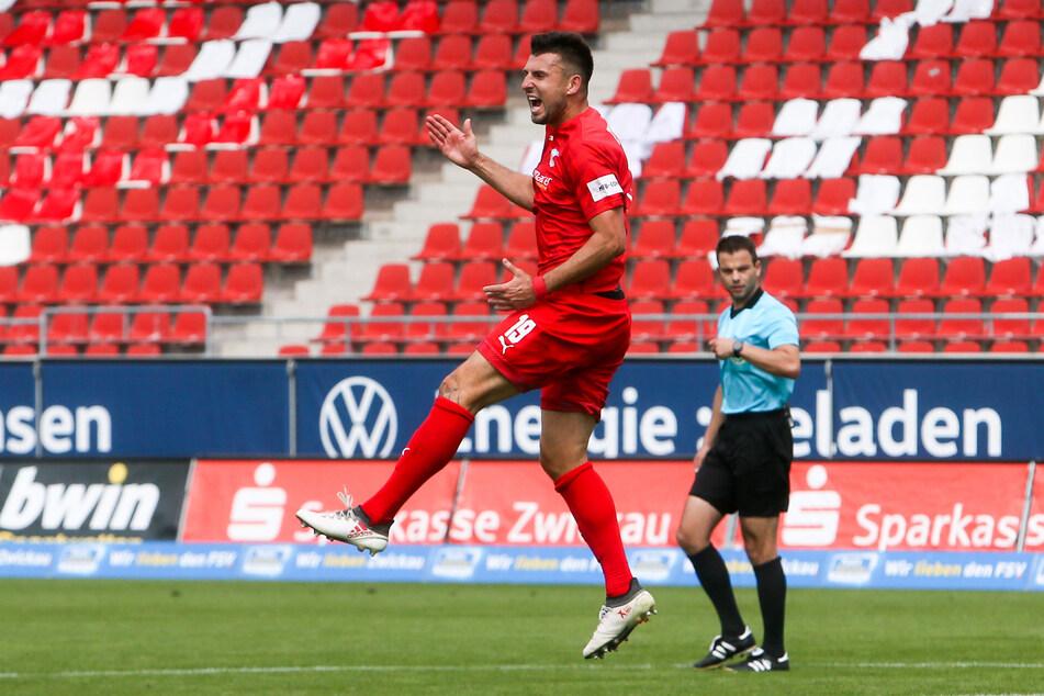 So jubelte FSV-Kicker Davy Frick nach seinem Treffer.