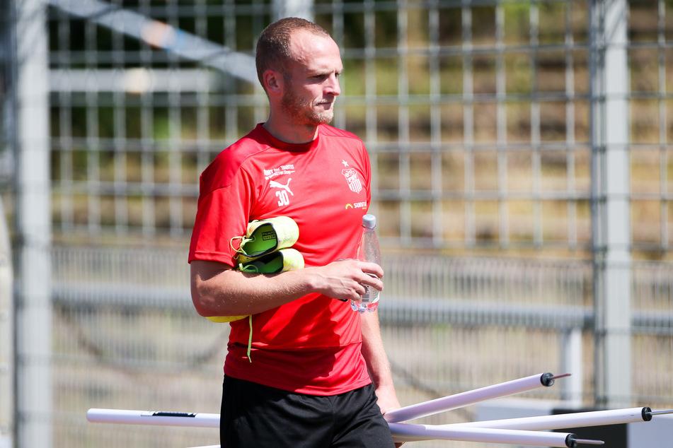 FSV-Routinier Julius Reinhardt muss unters Messer, will aber bis zum Saisonstart wieder fit sein.