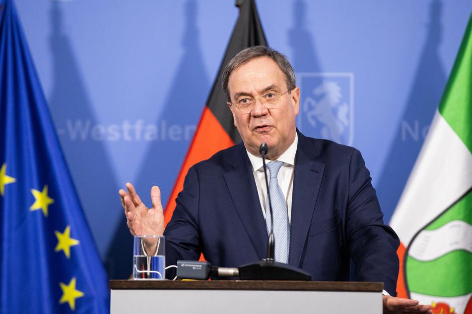 Armin Laschet (60, CDU) handelte als Ministerpräsident von NRW stundenlang die neuesten Corona-Regelungen mit aus
