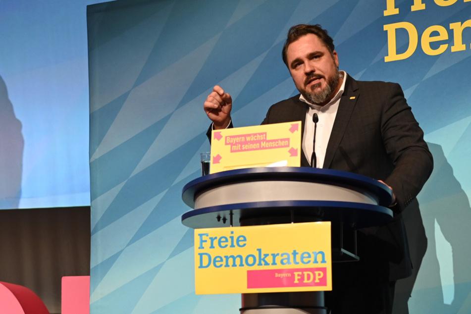 """Schluss mit """"All-inclusive-Mentalität"""": Bayern-FDP fordert sozialen Neustart"""