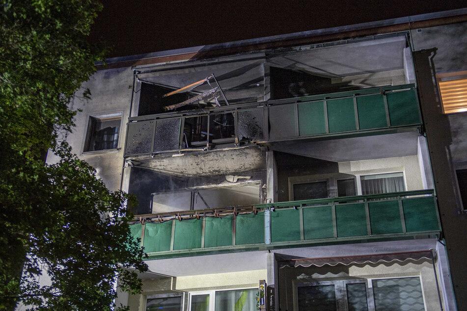 Das Feuer brach in der Wohnung eines 94-Jährigen in der Martin-Niemöller-Straße aus.