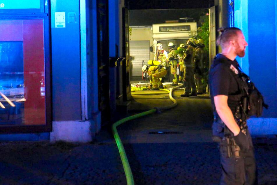 Wohnung brennt in Kreuzberg: Zwei Verletzte im Krankenhaus!