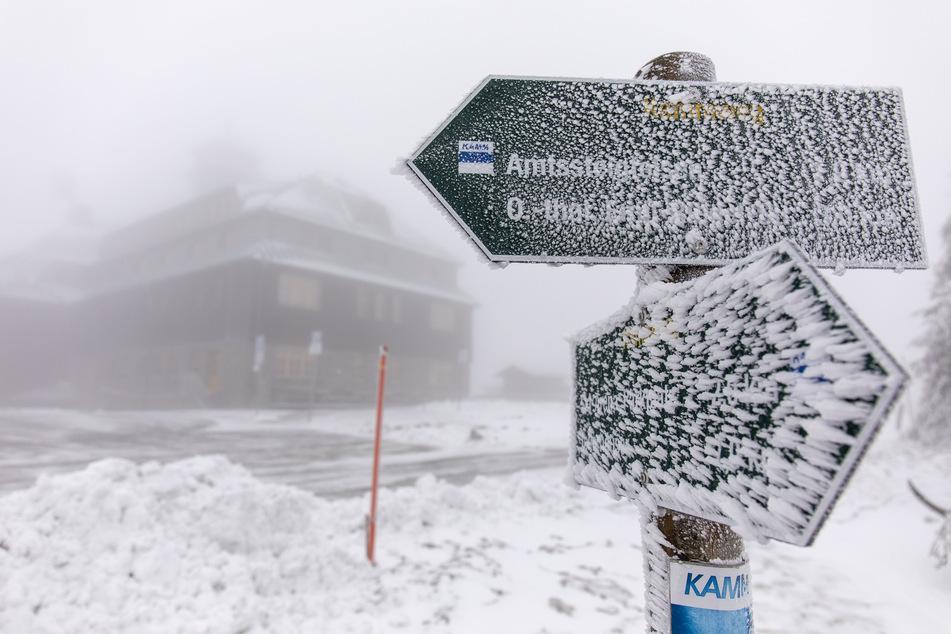 Der Winter ist zurück in Sachsen! Hier fielen einige Zentimeter Neuschnee