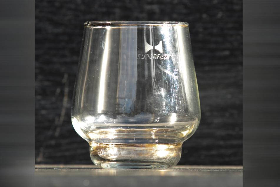 Auch Cognac-Schwenker wurden produziert.