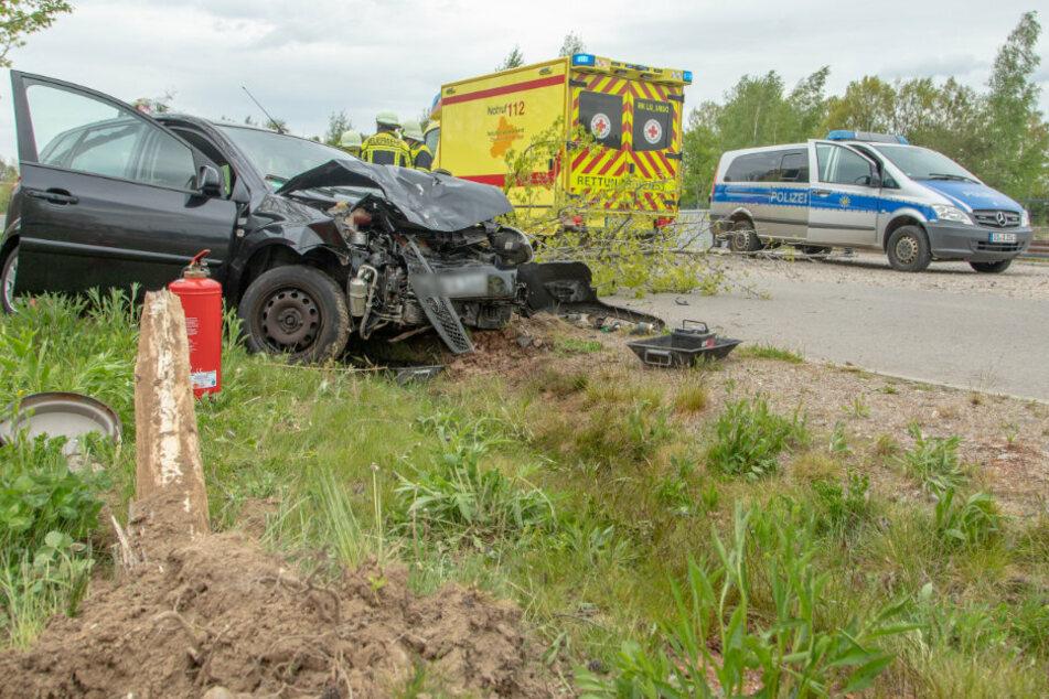 Drei Verletzte bei schwerem Crash im Erzgebirge
