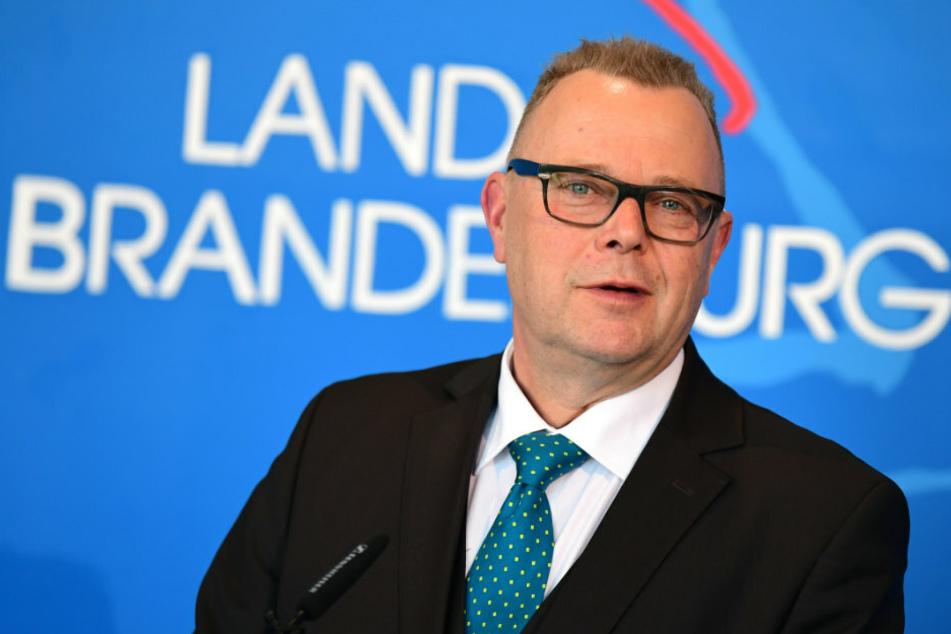 Formfehler im neuen Bußgeldkatalog: Brandenburgs Innenminister zieht die Bremse
