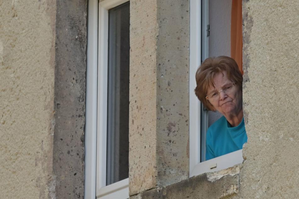 """Frau ist verzweifelt: """"Mein Nachbar will mir die Fenster zumauern"""""""