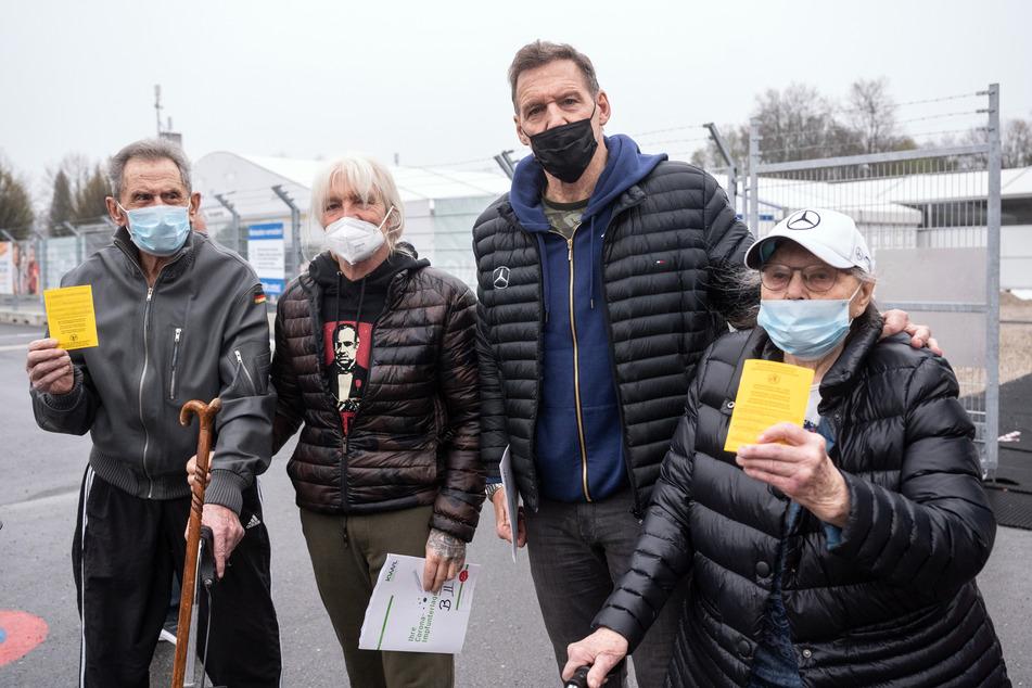 """""""Gladiator""""-Star Ralf Moeller begleitet Eltern zum Impfen: """"Da kommt die Armee an!"""""""