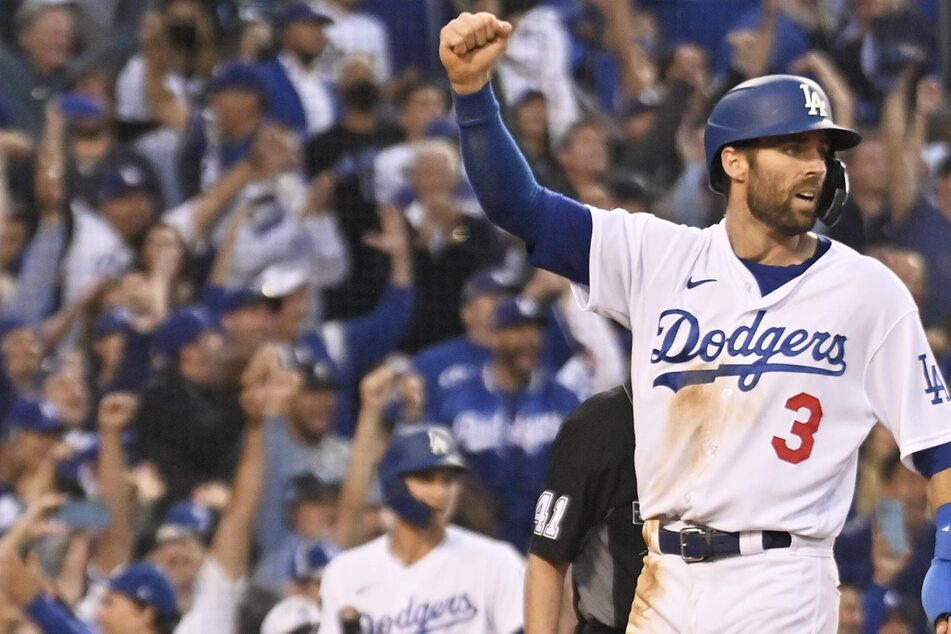 MLB: The Dodgers hold off elimination by blowing out the Braves in game five of the NLCS