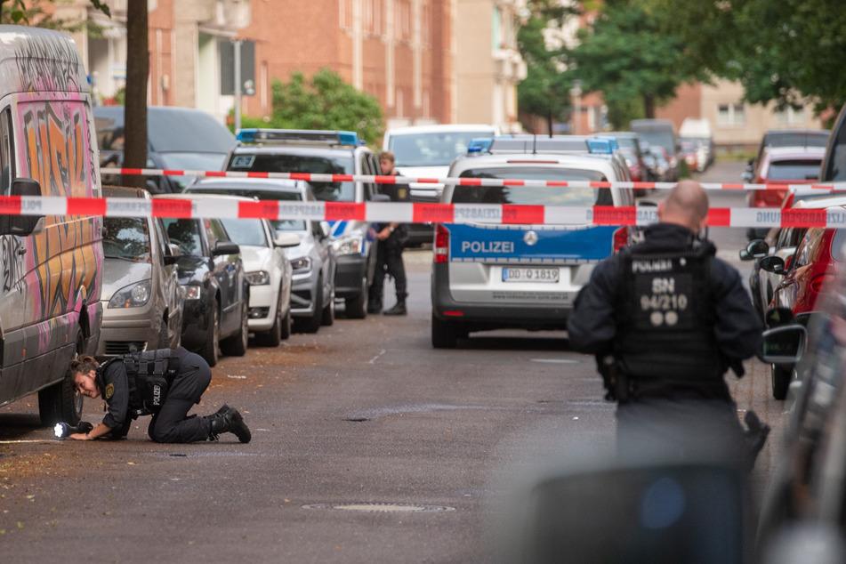 Am Donnerstag vergangener Woche hatte es auf der Leipziger Eisenbahnstraße einen Großeinsatz gegeben, nachdem Schüsse gefallen waren. Mittlerweile konnte ein Tatverdächtiger festgenommen werden.