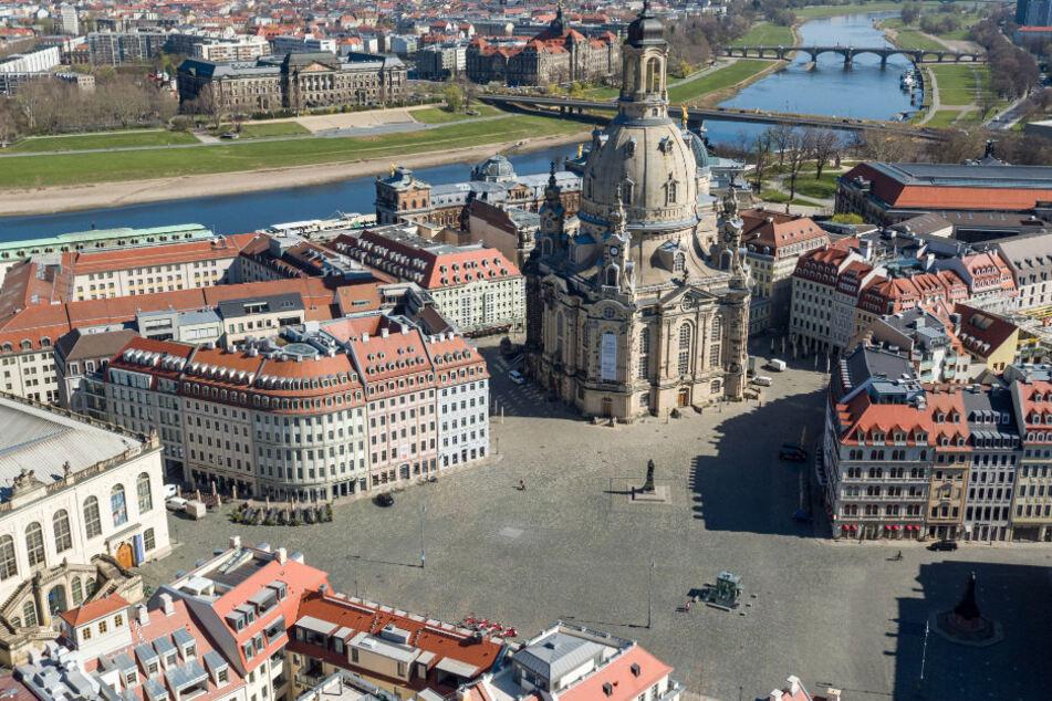 In der Stadt Dresden wurde ein positiver Fall an einer Grundschule gemeldet.