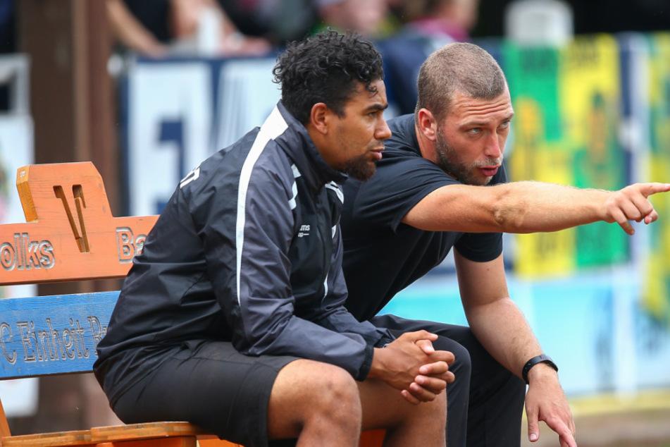 RWE-Co-Trainer Manuel Rost (l.) und Cheftrainer Robin Krüger (r.).
