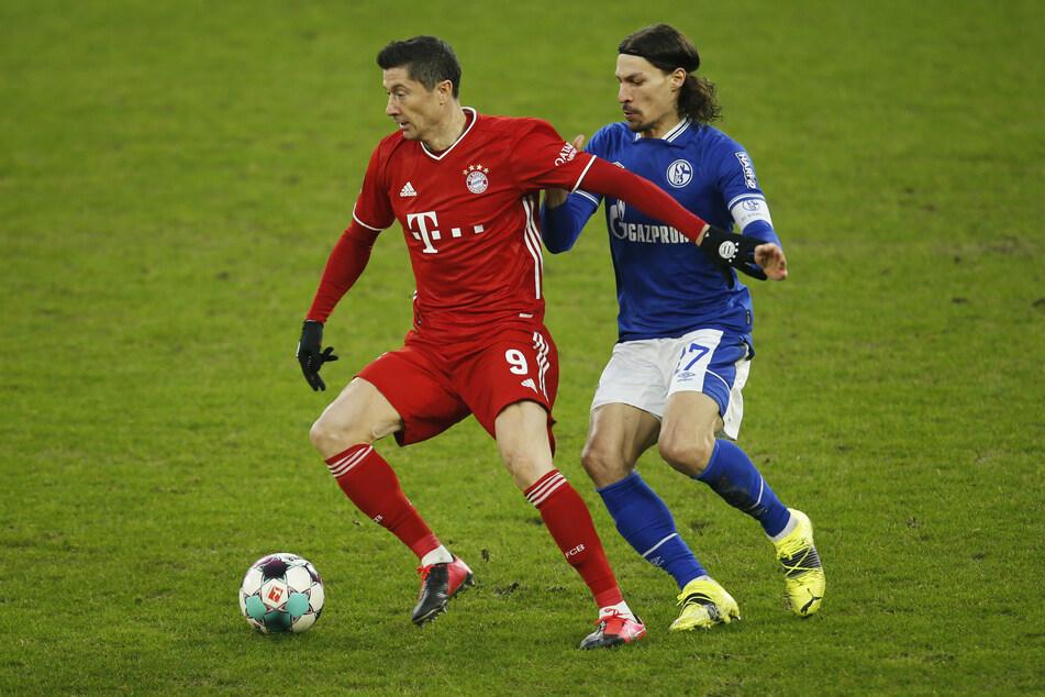 Robert Lewandowski (32, l.) ist die laufende Lebensversicherung des FC Bayern München und scheint geradezu unaufhaltsam.