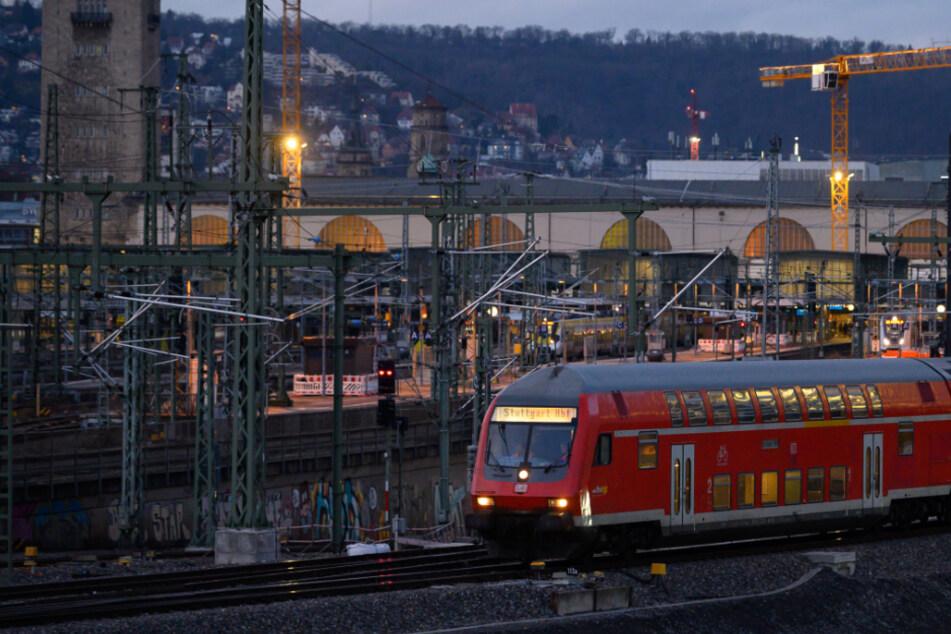 Bahnreisende aufgepasst: Auf diesen 10 Strecken bekommt Ihr Geld zurück!