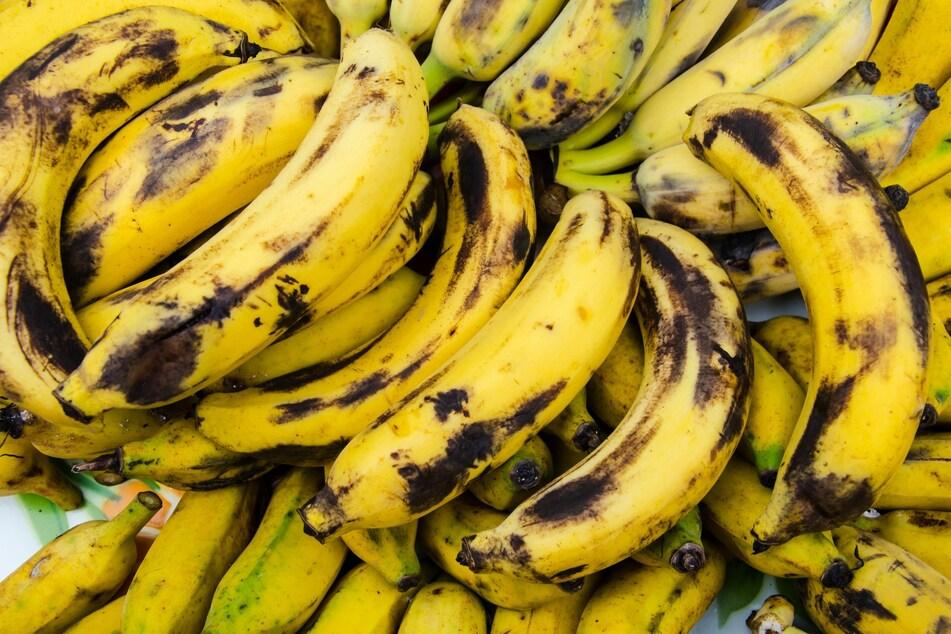 Reife Bananen sehen zwar etwas unansehnlich aus, geben aber eine tolle aromatische Süße.