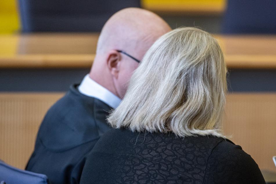Ehemann mit Folterwerkzeug getötet: Zahnärztin zu Haft verurteilt!