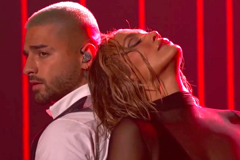 Wahnsinn! Jennifer Lopez zieht völlig blank