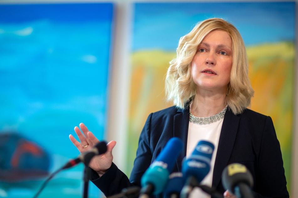 Manuela Schwesig (SPD) informiert Pressevertreter über aktuellen Maßnahmen gegen das Coronavirus.