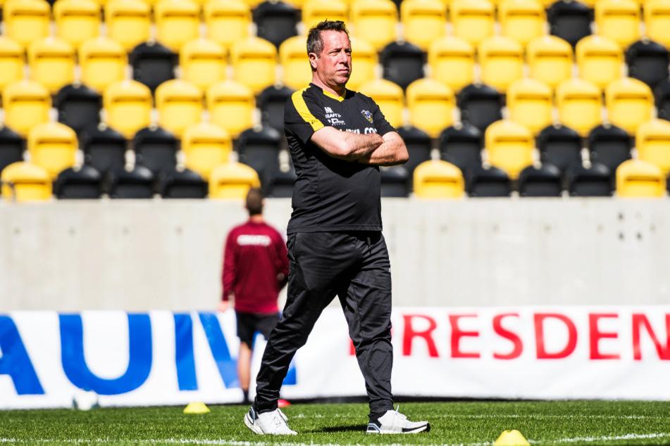 Markus Kauczinski (50) will sich ein Team zusammenstellen, dass sofort den Wiederaufstieg anpeilen kann. Das ist das große Ziel für Dynamo in der kommenden Saison.