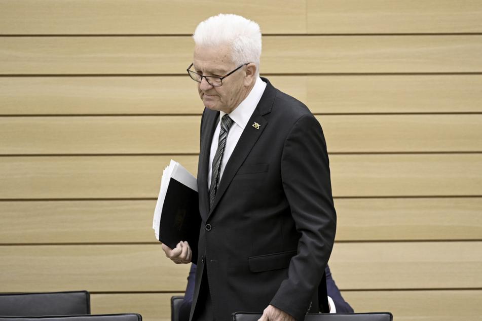Baden-Württembergs Ministerpräsident Winfried Kretschmann (73, Grüne) hält einen erneuten Lockdown für möglich.