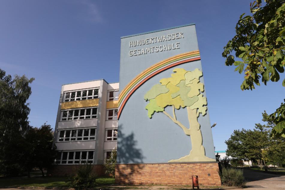 Außenansicht der Hundertwasser-Gesamtschule.