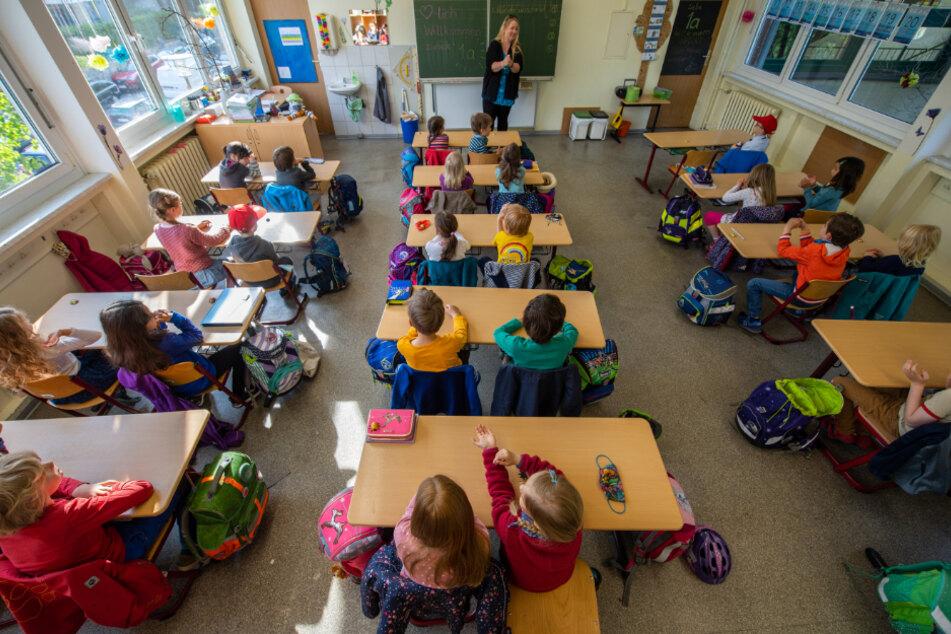 Schulen sollen nach Sommerferien wieder komplett öffnen können