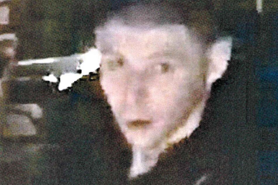 Die Polizei sucht diesen Mann. Er brach Ende Mai in eine Firma in Heiligenstadt ein und erbeutete Diebesgut im Wert von mehreren hundert Euro.