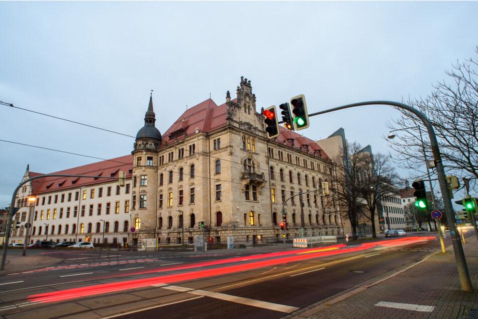 Der Prozess gegen die zwei Männer (21 und 22 Jahre alt) findet am Magdeburger Landgericht statt. (Archivbild)