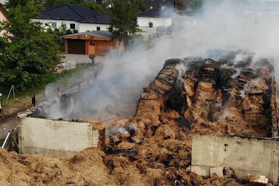 Großbrand in Arneburg: Polizei rechnet mit 250.000 Euro Schaden