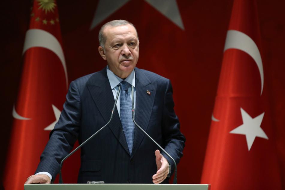 Unter dem Präsidenten Recep Tayyip Erdogan (66) durchlebt die Türkei eine Währungskrise.