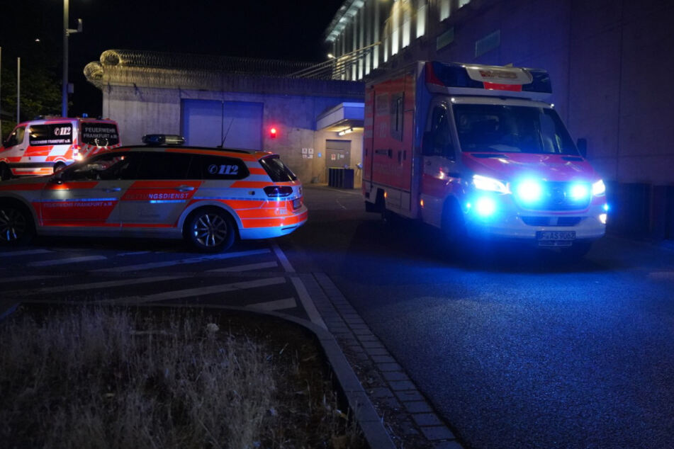 Die Feuerwehr war mit 45 Einsatzkräften vor Ort und konnte das Feuer schnell unter Kontrolle bringen.