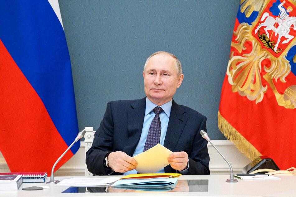 Wladimir Putin (68), Präsident von Russland, führt vier neue Feiertage ein.