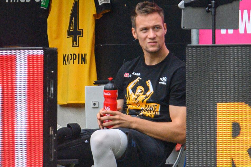 Der kreuzbandverletzte Tim Knipping (28) musste die Pleite gegen Paderborn mitansehen.