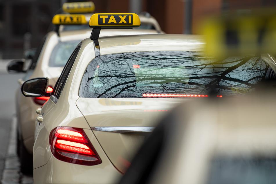 Polizisten überführen dealenden Taxifahrer in Hamburg