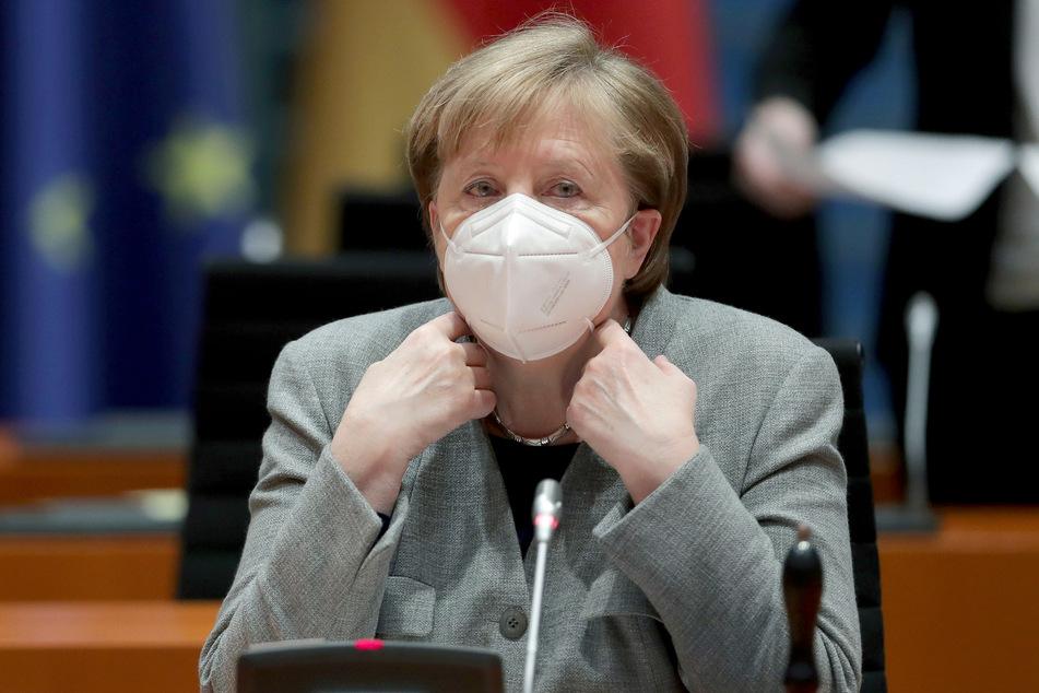 Bundeskanzlerin Angela Merkel (66, CDU) hat angeblich vor, in ganz Deutschland noch strengere Corona-Regeln einzuführen.