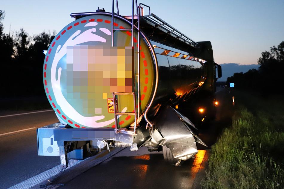 Der Fahrer des Lastwagens blieb bei dem Zusammenstoß auf der A7 unverletzt, konnte auf dem Seitenstreifen anhalten.